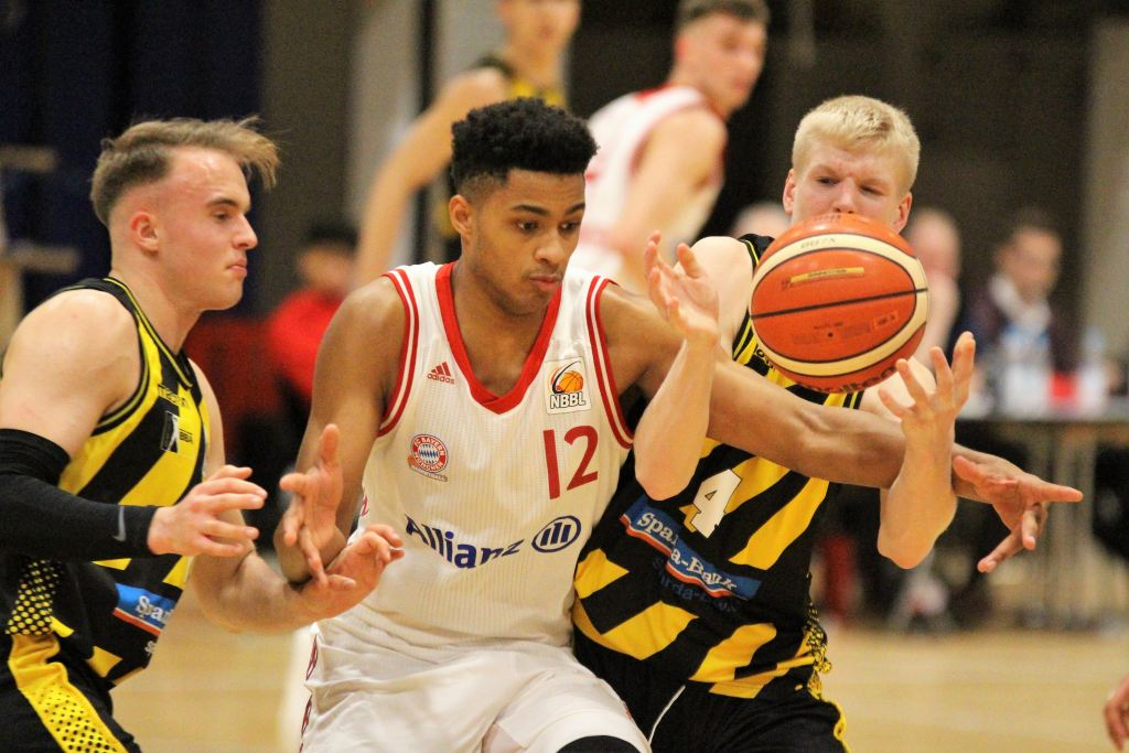 NBBL_18-19_FCBB_Ludwigsburg_Spieltag10_Noah-Jallow
