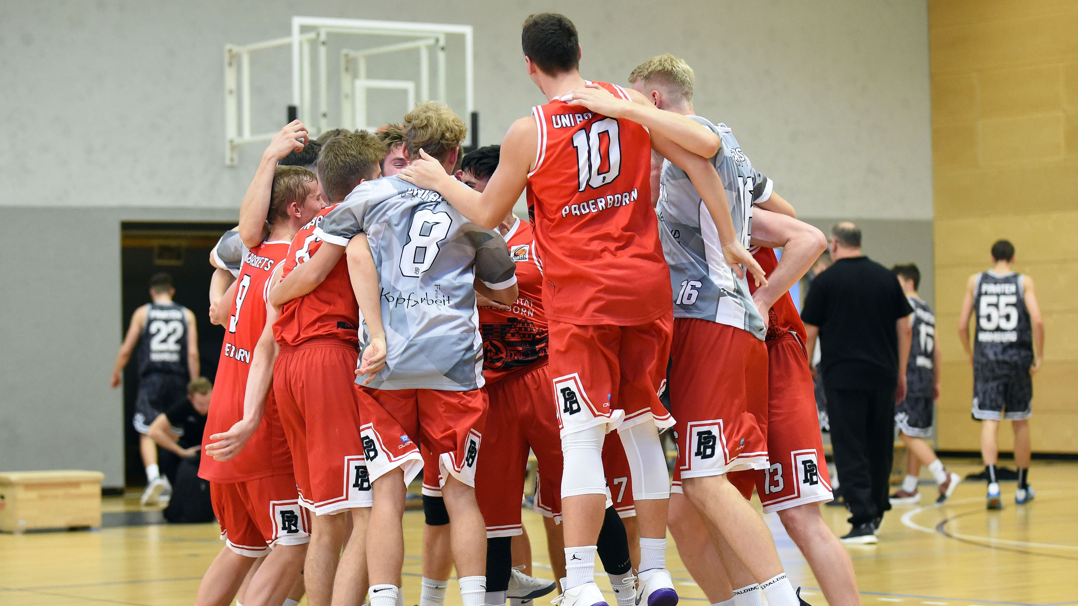 2018-10-13 NBBL Uni Baskets Paderborn vs. Piraten Hamburg_0994